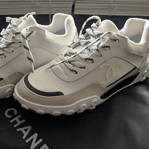 Sneakers Chanel 37,5 size